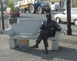 percy-french-statue