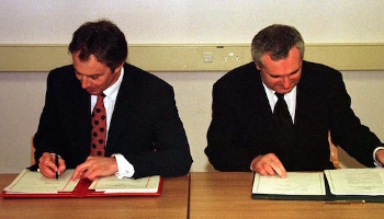 good-friday-agreement-signing
