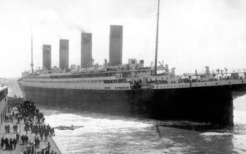 titanic-departing-southampton-dock