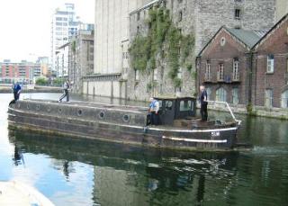 barge-51m