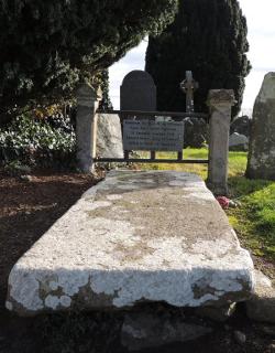 grave-of-king-edward-de-bruce