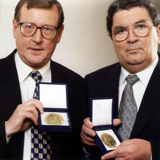 hume-trimble-noble-prize-1998