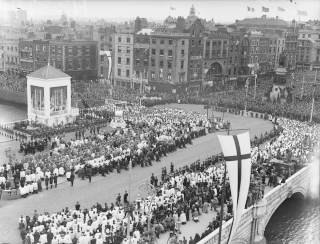eucharistic-congress-closing-ceremony-1932