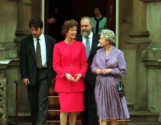 robinson-elizabeth-visit-1993